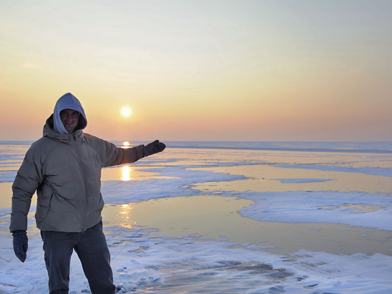At the frozen Lake. The sunset could not warm the air, we had -12°. (Pic: Kerstin Reiger)